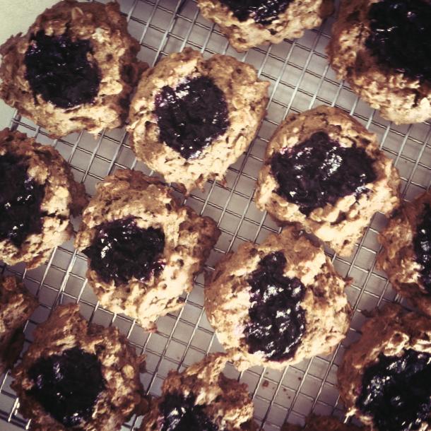 biscuits à l'avoine et à la confiture