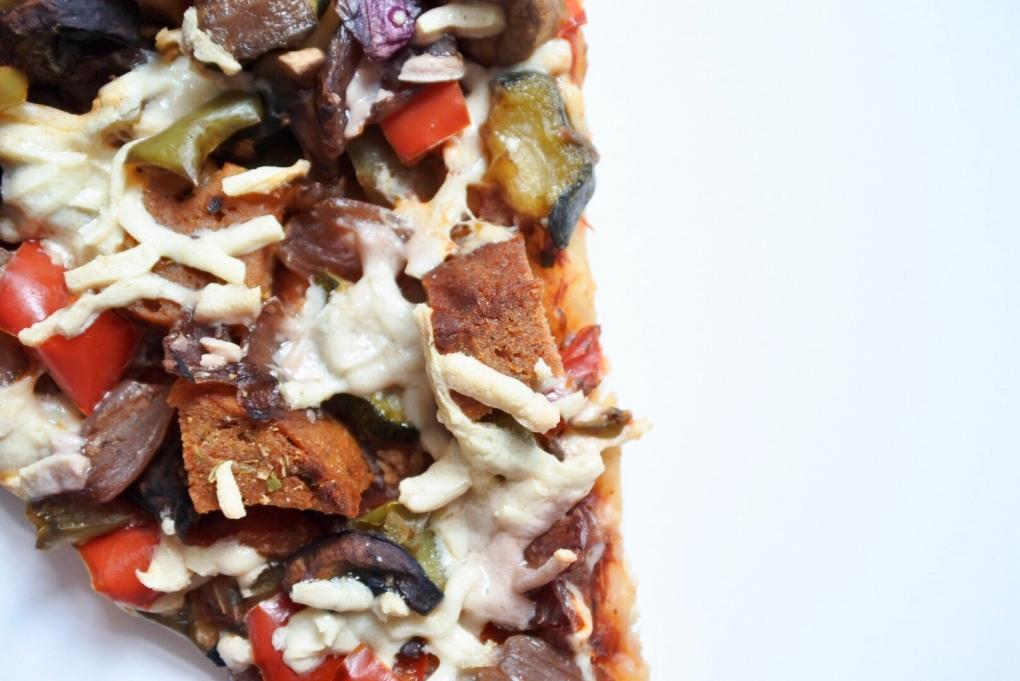 pizza seitan pepperoni 2
